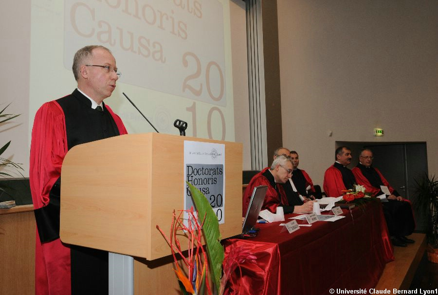 Phototh�que Lyon 1 - Docteur Honoris Causa 2010   023